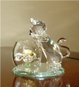 """Curious Cat"" crystal figurine from Crystal World."